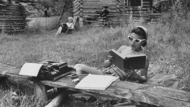 Photo of خمسة كتب ننصحكم بقراءتها هذا الصيف –مع روابط مباشرة لهذه الكتب-/ عدي الزعبي