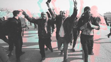 Photo of مظاهرات يائسة على الحدود السورية التركية: بين قمع الهيئة وتجاهل الضامن التركي/ نايف البيوش