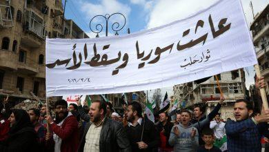 Photo of الثورات العربية: بين الكرامة والهوية والسياسة المفقودة!/ موفق نيربية