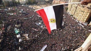 Photo of 9 أعوام لثورة يناير المصرية: استلهام الثورة، استلهام الهزيمة/ أحمد عبد اللطيف
