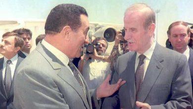 Photo of حسني مبارك وحافظ الأسد: كلا الأخوين طاغية، ولكن…/ صبحي حديدي