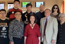 """صورة """"مدرسة الشعر الموسوعي"""": ثمانية أصوات من الصين"""